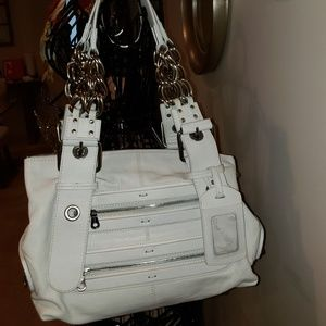 Chloe Zipper Shoulder Bag - White Leather